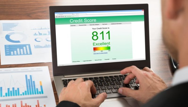Как просрочки влияют на кредитный балл клиента